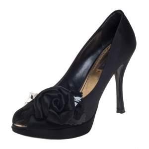 حذاء كعب عالي لوي فيتون مقدمة مفتوحة ساتان أسود مقاس 36.5