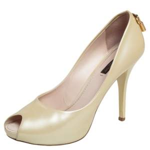 Louis Vuitton Cream Patent Leather Oh Really! Peep Toe Pumps Size 38