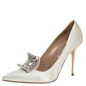 Manolo Blahnik White Satin Crystal Embellished Borlak Pumps Size 39