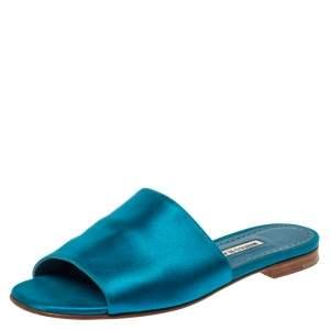 حذاء سلايدز مانولو بلانيك فلات رابالا ساتان أزرق مقاس 40