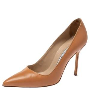 Manolo Blahnik Beige Leather Pointed Toe Pumps Size 35.5