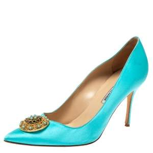 Manolo Blahnik Blue Satin Giuba Embellished Pointed Toe Pumps Size 41