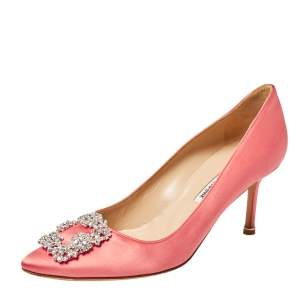 Manolo Blahnik Pink Satin Hangisi Crystal Embellished Pumps Size 39