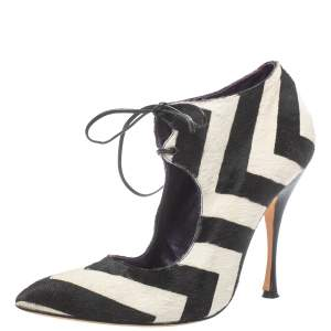 حذاء كعب عالي مانولو بلانيك مخطط أبيض/أسوج فرو برباط مقاس 39.5