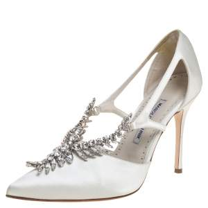 Manolo Blahnik Ivory White Satin Lala Crystal Embellished Pointed Toe Pumps Size 39.5