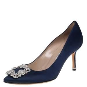 حذاء كعب عالي مانولو بلانيك هانغيسي ساتان أزرق مقاس 37.5