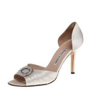 Manolo Blahnik White Satin Sedaraby  Pumps Size 39