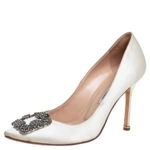 Manolo Blahnik White Satin Hangisi Crystal Embellished Pumps Size 38.5