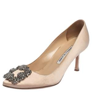 حذاء كعب عالى مانولو بلانيك هانغيسى زخرفة ساتان وردى نود مقاس 35.5