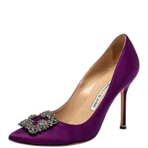 حذاء كعب عالي مانولو بلانيك مقدمة مدببة مزخرف هانغيسي ساتان بنفسجي مقاس 38.5