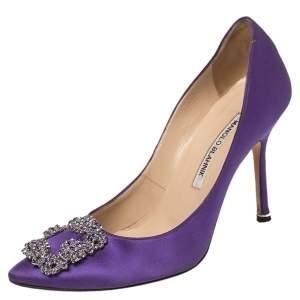 حذاء كعب عالي مانولو بلانيك هانغيسي ساتان بنفسجي مقاس 37.5