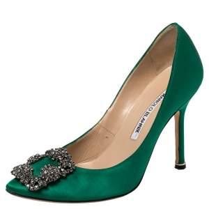 حذاء كعب عالي مانولو بلانيك هانغيسي ساتان أخضر مقاس 34.5