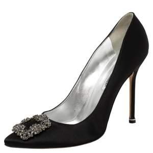 حذاء كعب عالي مانولو بلانيك هانغيسي ساتان أسود بمقدمة مدببة مقاس 42