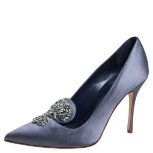 Manolo blahnik Blue Satin Embellishment  Pumps Size 38.5