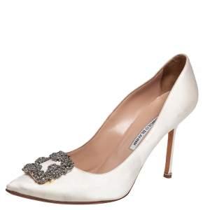 Manolo Blahnik White Satin Hangisi Crystal Embellished Pumps Size 42
