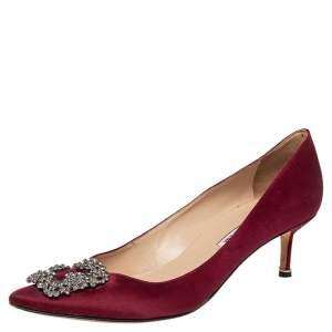 Manolo Blahnik Burgundy Satin Hangisi Embellished Pointed Toe Pumps Size 41