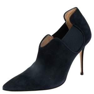 Manolo Blahnik Navy Blue Suede Dildi Ankle  Boots Size 39