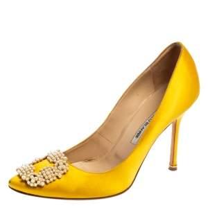 Manolo Blahnik Yellow Satin Hangisi Pearl Embellished Pumps Size 40