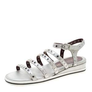 Marc by Marc Jacobs Metallic Silver Leather Gena Studded Ankle Strap Flat Sandals Size 36