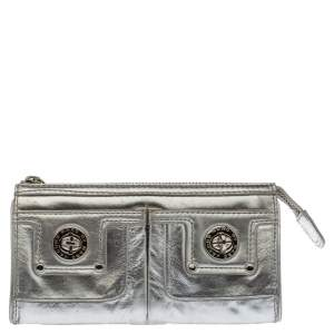 Marc by Marc Jacobs Metallic Silver Leather Totally Turnlock Wallet