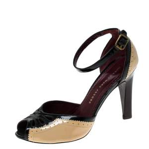 Marc by Marc Jacobs Black/Beige Patent Leather Ankle Strap Sandals Size 36
