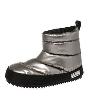 Marc Jacobs Silver Vinyl Snow Boots Size 36