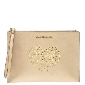 حقيبة كلاتش معصم مايكل كورس ترصيعات هارت جلد ذهبية ميتالك