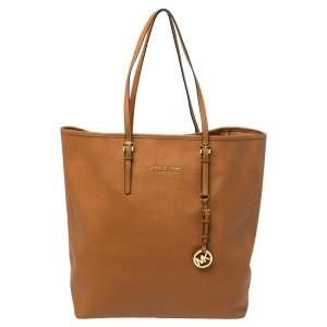حقيبة يد مايكل كورس اكس أل جيت سيت ترافيل جلد سافيانو بني