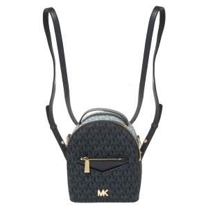 حقيبة ظهر مايكل كورس ميني جيسا كانفاس كاروهات مونوغرامي وجلد أزرق