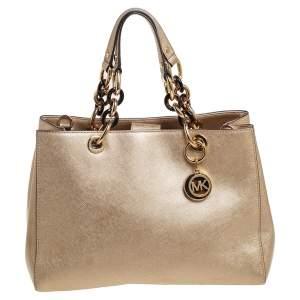 حقيبة يد توتس مايكل مايكل كورس سينثيا جلد ذهبي لامع متوسطة