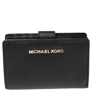 Michael Kors Black Leather Jet Set Travel Wallet