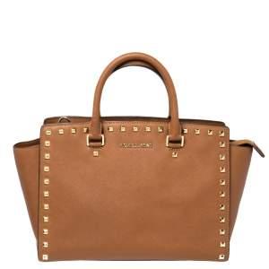 حقيبة يد مايكل مايكل كورس مرصعة سلما جلد بنية