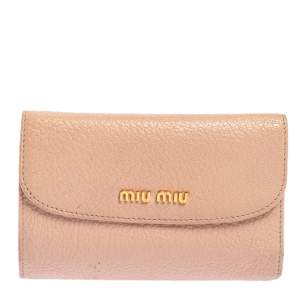 محفظة ميو ميو مادراس جلد وردي مضغوطة