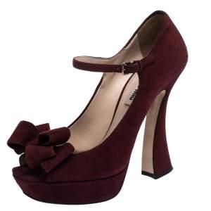 حذاء كعب عالي ميو ميو نعل سميك مقدمة مفتوحة فيونكة ماري جين جلد سويدي عنابي مقاس 38