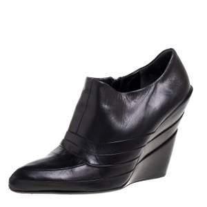 Miu Miu Black Leather Booties Size 39