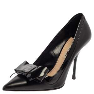 Miu Miu Patent And Leather Bow Pointed Toe Pumps Size 36