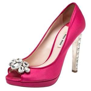 حذاء كعب عالى ميو ميو نعل سميك مقدمة مفتوحة كعب مزخرف كريستال ساتان وردى مقاس 38