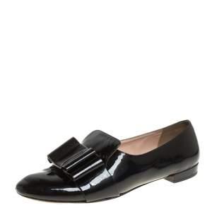 حذاء سليبرز ميو ميو سموكينغ فيونكة جلد لامع أسود مقاس 36.5