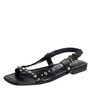 حذاء فلات ميو ميو جلد أسود مرصع بفتحة كاحل مقاس 39