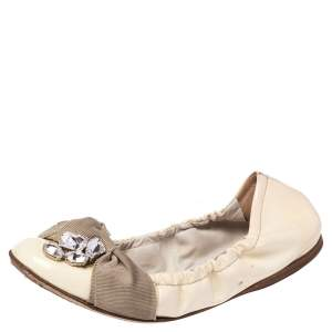 Miu Miu Cream Patent Leather Crystal Embellished Scrunch Ballet Flats Size 36