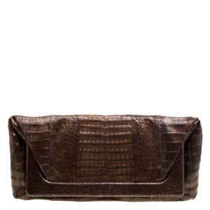 حقيبة كلتش نانسي غونزاليز إطار جلد تمساح بنية ميتالك
