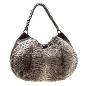 حقيبة هوبو نانسي غونزاليز فراء وجلد تمساح بنية/رصاصية
