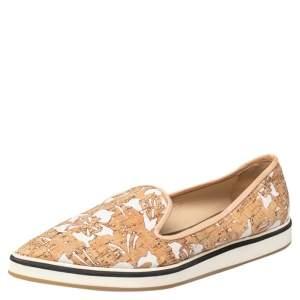 حذاء رياضي نيكولاس كيركوود قماش وفلين أبيض/بيج مقدمة مدببة سليب أون مقاس 39