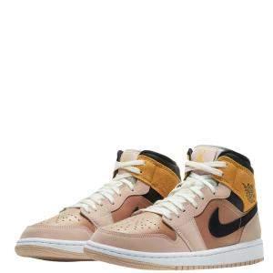 حذاء رياضي نايك جوردان   1 Mid SE بيج مقاس أمريكي  7W (مقاس أوروبي 38)