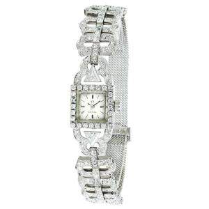 Omega White Diamonds 18K White Gold Vintage Dress 650 Women's Wristwatch 9 MM