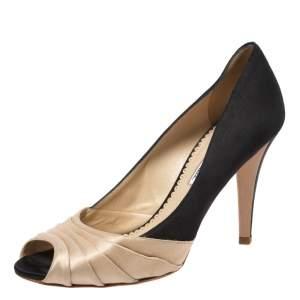 Oscar de la Renta Black/Beige Satin Ruched Detail Peep Toe Pumps Size 37