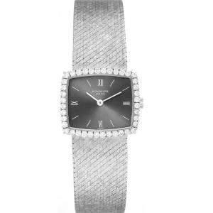 ساعة يد نسائية باتيك فيليب ذهب أبيض عيار 18 كوكتيل 3353 ألماس رصاصية 23 x 20 مم