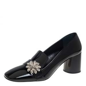 حذاء كعب عالي لوفرز برادا جلد أسود لامع بزخارف شكل الوردة بكعب سميك مربع مقاس 40