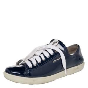 حذاء رياضي برادا سبورت جلد أزرق لامع بعنق منخفض مقاس 39.5