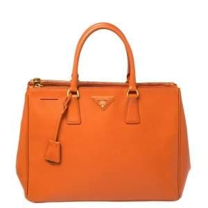 حقيبة يد برادا متوسطة سحاب مزدوج جلد سافيانو لوكس برتقالي